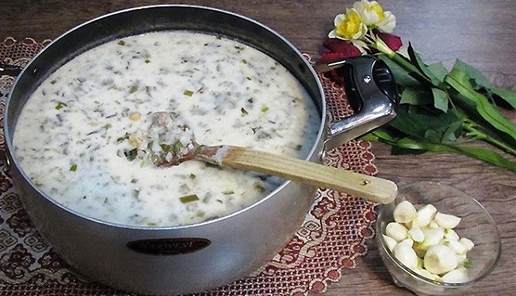 طرز تهیه آش دوغ آذری اصیل و خوش طعم