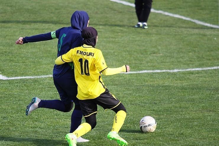 قرعه کشی لیگ برتر فوتبال بانوان انجام شد