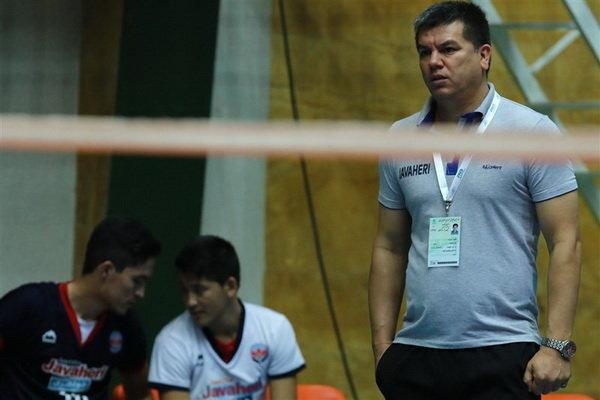 مربی پروازی برای شخصیت تیم ملی والیبال خوب نیست