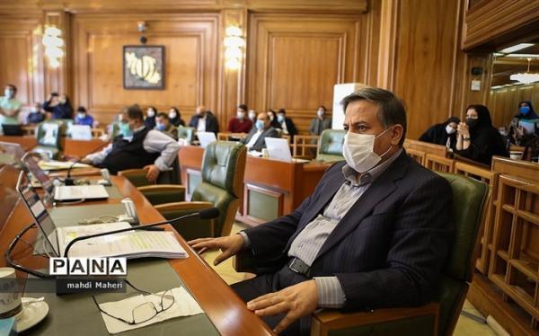 سالاری: شورای شهر نباید اختیارات خود را به شهرداری واگذار کند